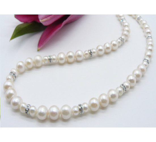 The Classic Pearl Necklace with a Difference