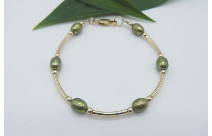 Green Pearl & Gold Curve Bar Bracelet