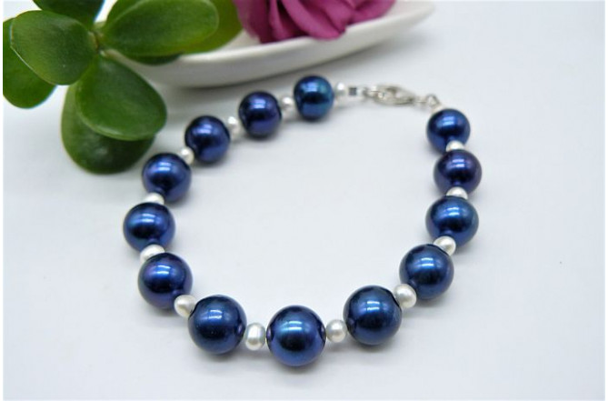 Bright Blue Large Round Pearl Bracelet