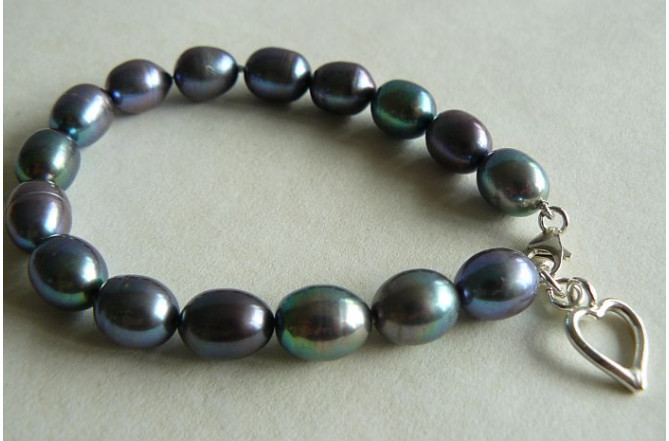 Grey Large Oval Pearl and Silver Open Heart Bracelet