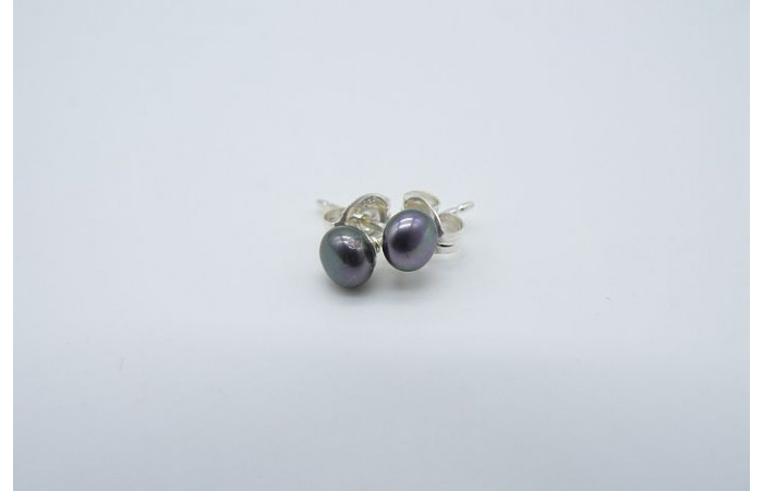 Grey Pearl Stud Earrings - X-Small