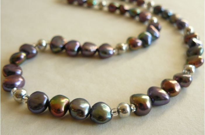 Grey Pearl and Silver Bead Necklace