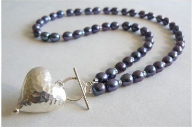 Grey Oval Pearls & Silver Hammered Heart Necklace