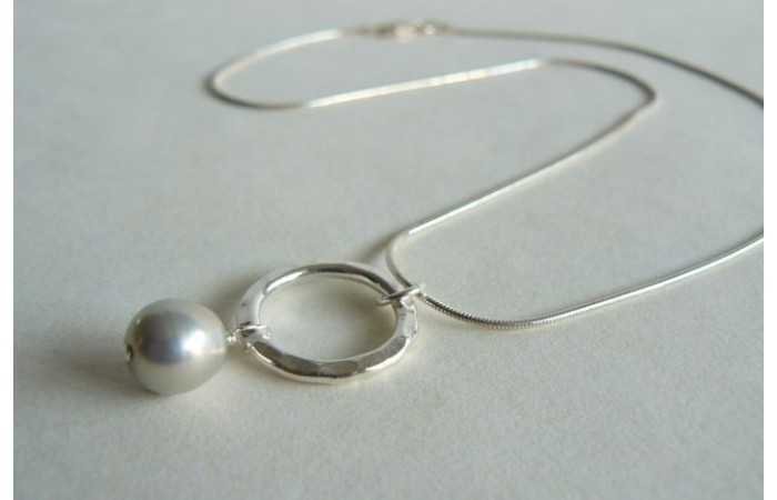 Silver Pearl & Thai Silver Hammered Ring Pendant Necklace