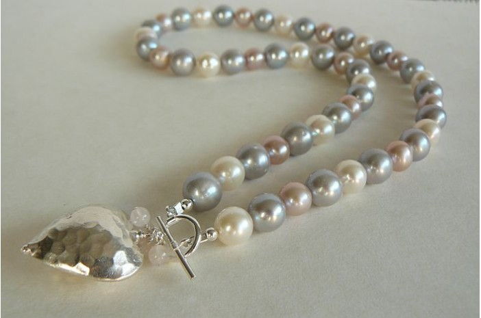 Silver White & Pink Large Round Pearl Necklace & Silver Hammered Heart