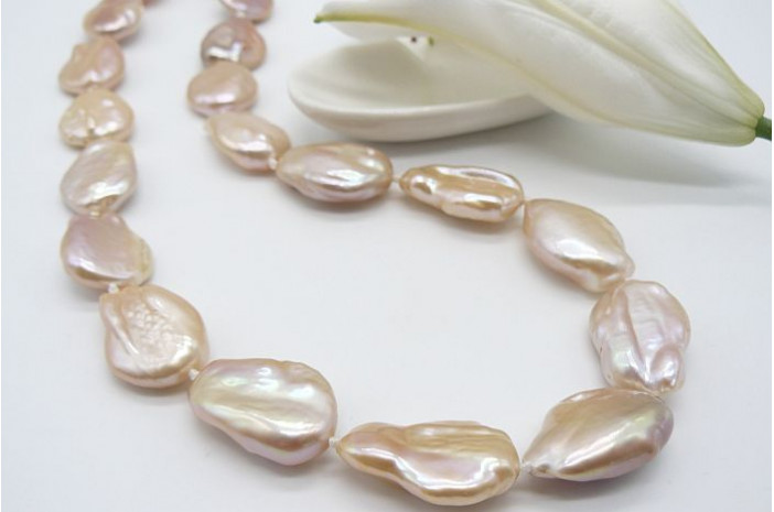 Peach Large Baroque Pearl Necklace