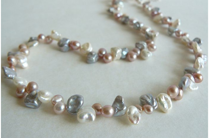 Pink Cream & Silver Keshi Pearl Necklace