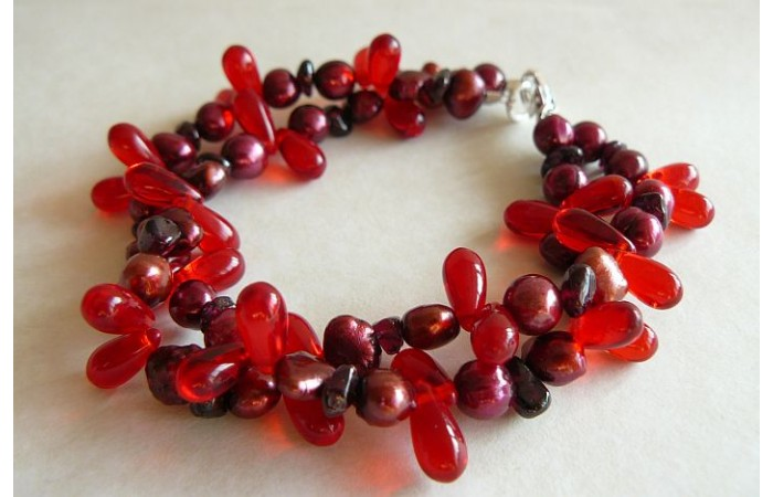 Red Pearl & Glass Multistrand Bracelet