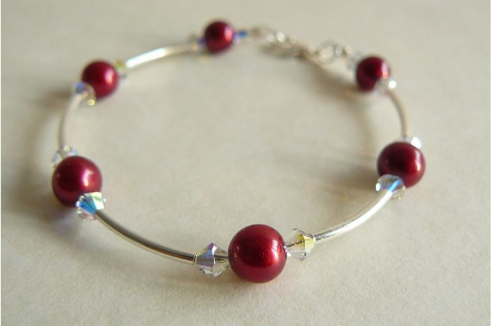 Red Round Pearl & Crystal Bangle Bracelet