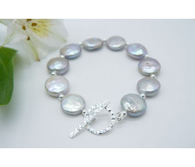Silver Coin Pearl & Hammered Toggle Clasp Bracelet