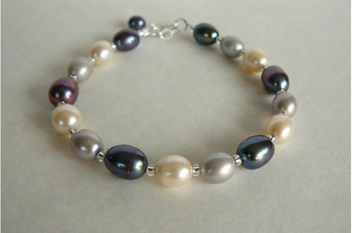 Silver Grey & White Large Oval Pearl Bracelet
