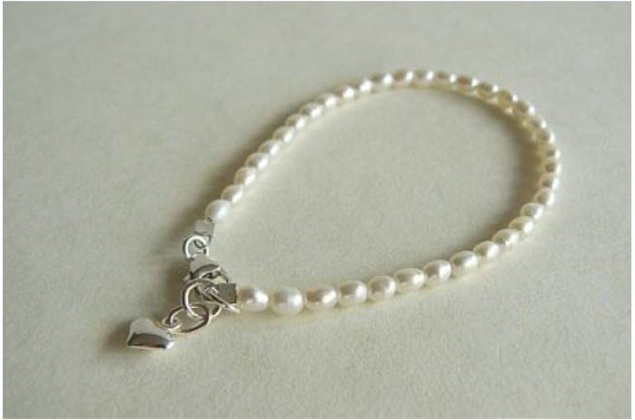 White Smallest Oval Pearl & Silver Heart Bracelet