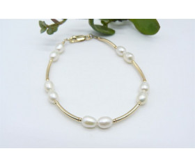 White Small Pearl & Gold Curved Tube Bracelet