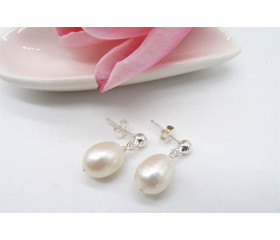 White Large Oval Pearl Drop Earrings