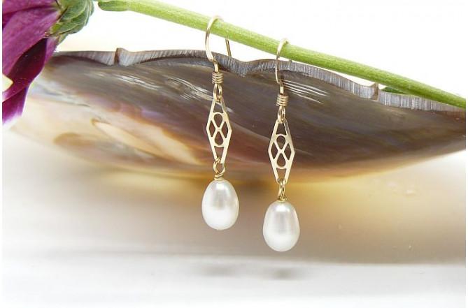 White Oval Pearl & Gold Filigree Drop Earrings