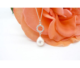 White Pearl & Small Crystal Circle Pendant Necklace