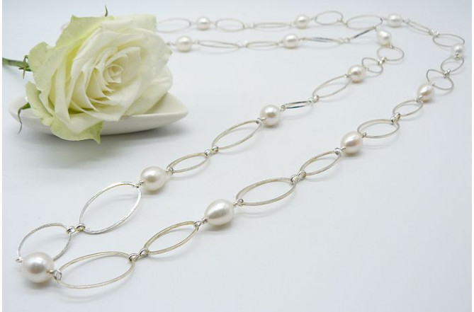 White Round Pearl Necklace on Silver Plated Chain