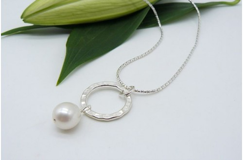 Pearl & Thai Silver Hammered Ring Pendant Necklace