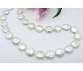 White Large Coin Pearl Necklace