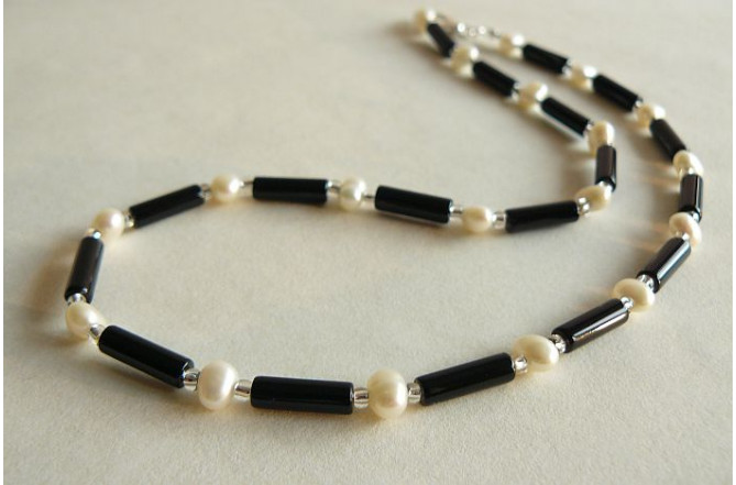 Black Agate & Pearl Necklace