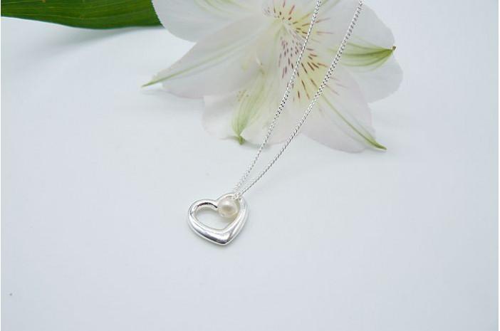 Open Heart & Pearl Pendant Necklace