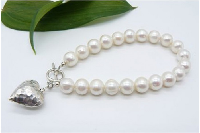 White Large Round Pearl Bracelet & Thai Silver Heart