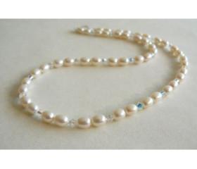 White Small Oval Pearl & Swarovski Crystal Necklace
