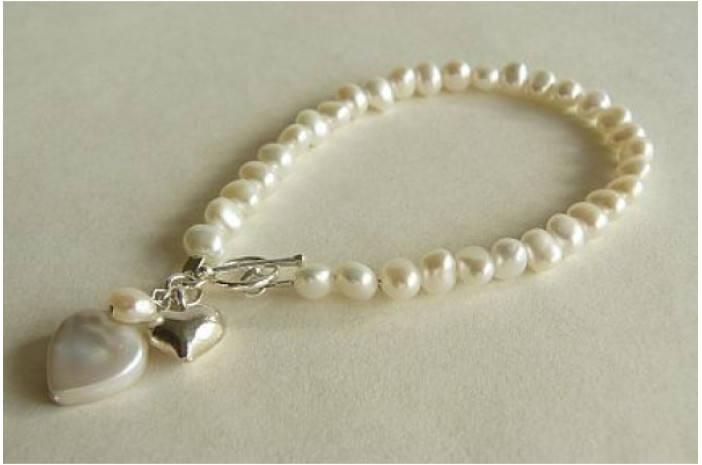 White Small Baroque Nugget Pearl with Pearl Heart Drop Bracelet