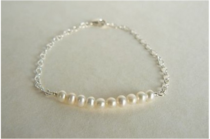 Pearl Curve Bracelet on Sterling Silver Chain
