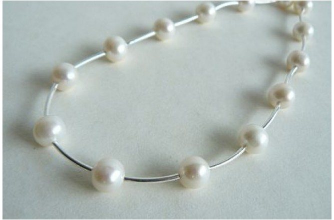 White Pearl & Silver Curved Tube Necklace