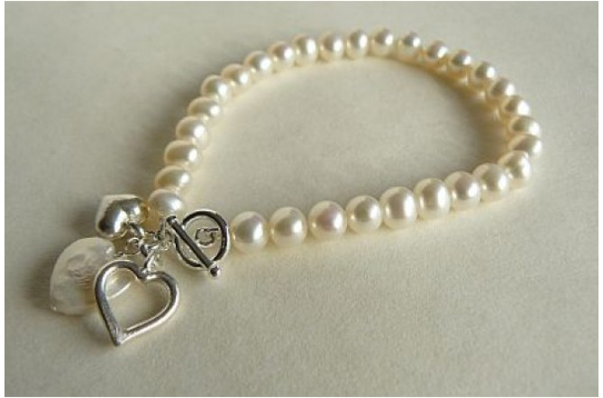 30th Pearl Wedding Anniversary Bracelet with Silver & Pearl Heart Drops