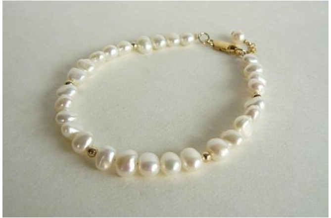 White Pearl & Silver or Gold Bead Bracelet