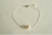 Single Small White Pearl Bracelet on Small Silver Chain