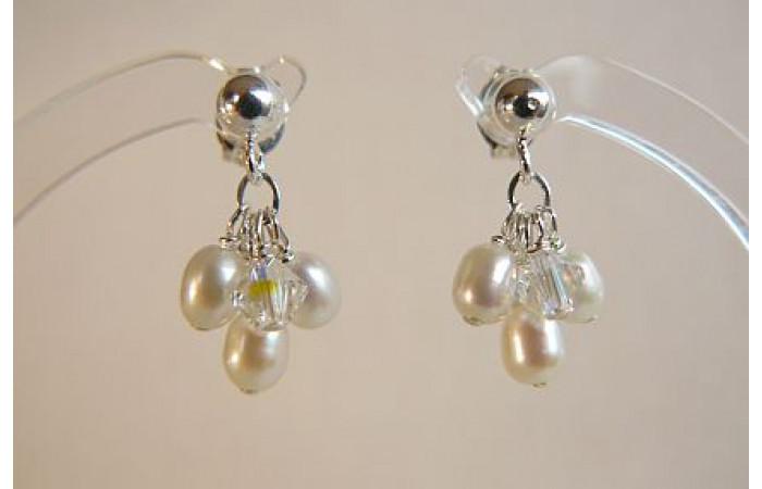 White Small Oval Pearl Cluster Stud Drop Earrings