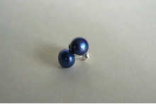 Bright Blue Pearl Stud Earrings - Medium