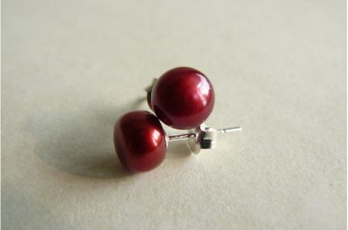 Red Pearl Stud Earrings - Medium