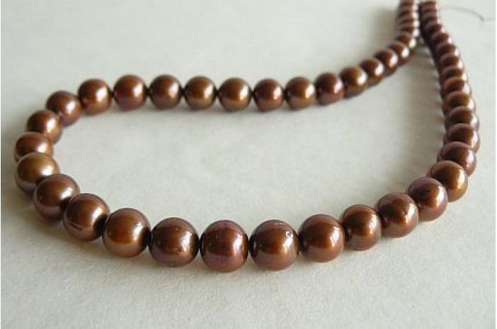 Bronze Large Round Pearl Necklace
