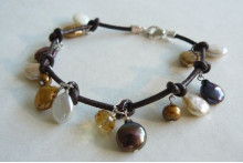 Mixed Pearl on Knotted Leather Bracelet