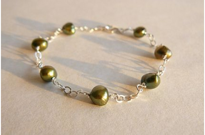Olive Green Pearl on Silver Chain Bracelet