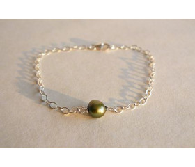 Single Olive Green Pearl Bracelet