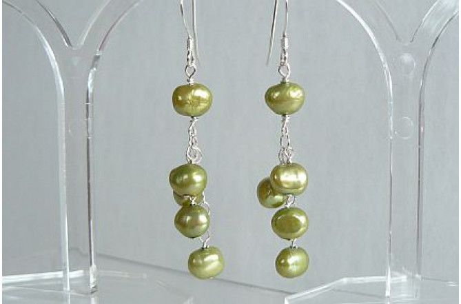 Green Pearls on Chain Cluster Drop Earrings