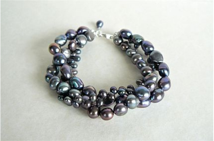 Grey Mixed Pearl Three Strand Twisted Bracelet