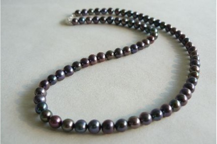 Grey Small Round Pearl Necklace