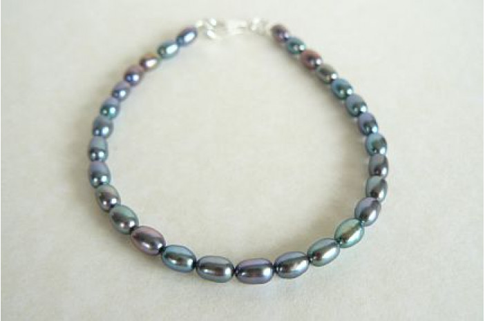 Grey Smallest Oval Pearl Bracelet