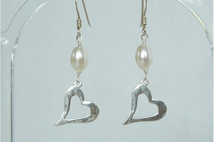 Open Heart & Pearl Drop Earrings