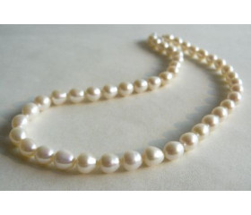 White Large Oval Pearl Necklace