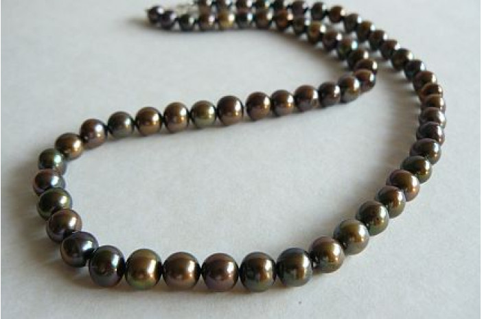 Olive Green Round Pearl Necklace