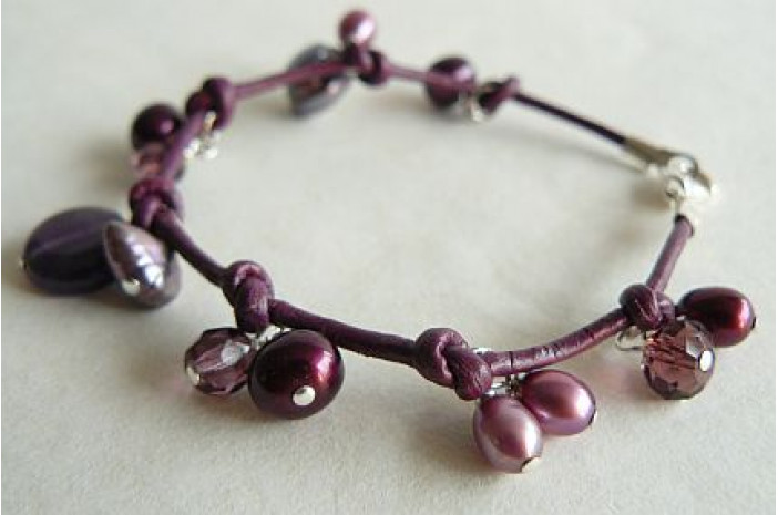 Mulberry Pearls on Leather Bracelet