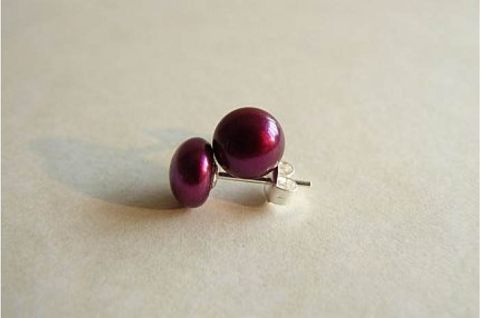 Berry Pearl Stud Earrings - Small