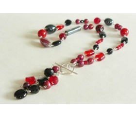 Red and Black Silver Linked Necklace